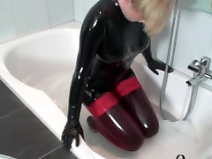 Rubber Wellness with Gasmask