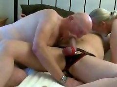 Daddy Bears ThreesomeFuck