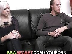 הבעל בוגד באשתו עם BBW