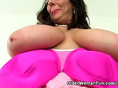 British milf Lulu makes working at the office more enjoyable
