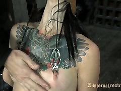 Professional BDSM action performer Juliette Black shows her talent