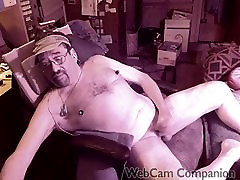 Cam chat orgasm with 6 rings on each nipple