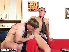 Cock sucking stud cummed