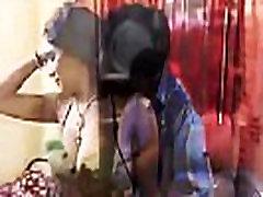Bra Seller Sex With Desi Indian Bhabhi - देसी भारतीय भाभी के साथ ब्रा विक्रेता सेक्स