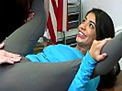 Bossy Sex Consultant Veronica Vain Teaches Teen Veronica Rodriguez to Squirt