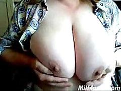 mature big boobs on webcam