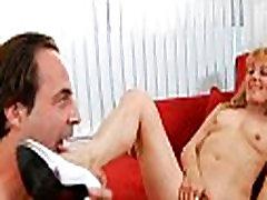 Lad works on slutty mature pussy