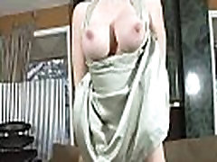 Mature hottie moans and gets off