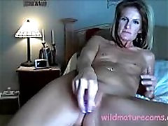 My friends mother masturbates her pussy for me - wildmaturecams.online