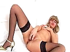 European mature slut loves toys up her pussy and ass More on: 18CAMS.CO