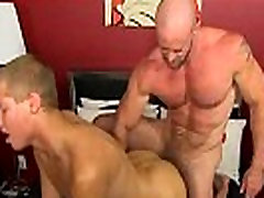 Hardcore gay Muscled hunks like Casey Williams love to get some act