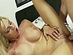 Real amateur bitch gets fucked