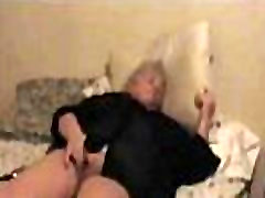 Old BBW White Granny Masturbating