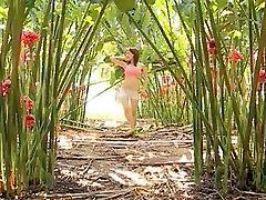 ORIENTAL Secret Garden 01