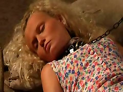 Two teen lesbian babes in lez spanking action
