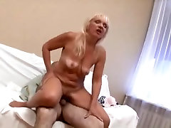 horny granny fucked in her aged pussy