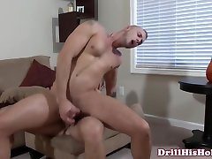 Muscular hunk getting ass pounded