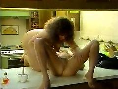 Gail Force, Nina Hartley, Sade in vintage sex scene
