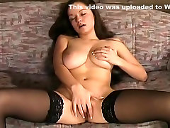 Super buxom lady got a voluptuous masturbation