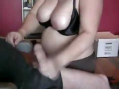 Best handjob given by this amateur BBW experienced lady