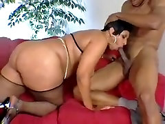 Mature Light Skinned BBW Loves Young Dick