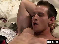 Big dick bear oral sex with cumshot