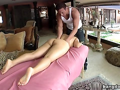 Sexy Asian gets rubbed and fucked