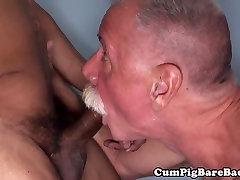 Polarbear cocksucking BBC after barebacking