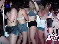 Amateur teens in panties