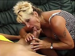 Hairy German Mature Big SQUIRT