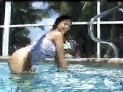 so young missy model in the pool p3