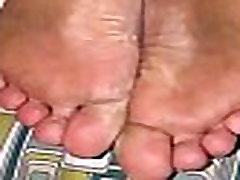 Torturing BBW ebony feet for being dirty