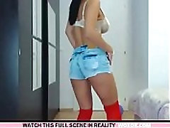 babe lilemma squirting on live webcam