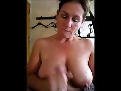 Mature babe gives handjob