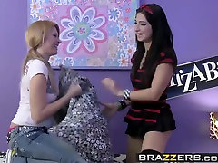 Brazzers - Teens Like It Big - Dont Be Scared, My Cock Wont