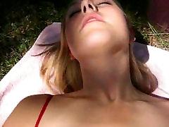 AP00004 1a Blue eyed girl in garden