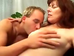 Hairy mature wife fucked