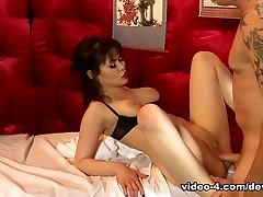 Audrey Noir & Mark Zane in Asian Strip Mall Massage 03 - DevilsFilm