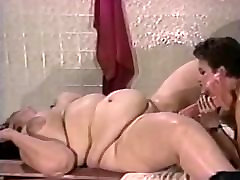 BBW AND SKINNY WOMEN HAVE FUN WITH A BOY.