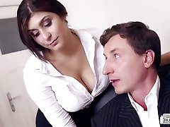 BUMS BUERO - Wild office sex ends with cum on tits