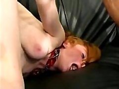 Stupid ginger scream in anal pain!