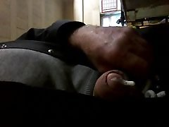 ANOTHER VIDEO OF MY COCK FARTING AND SPERM FROTHING