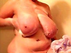 BBW huge tits in shower