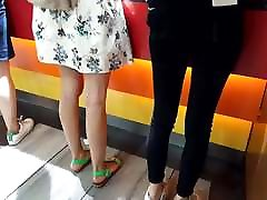 Teen sexy legs sexy long feets natural toes