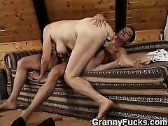 I have a thing for older women and Im sure you do to! Heres one of my favorites, a chunky GILF who calls herself Valda and in this scene, youll see her show us why older women are amazing when it comes to sucking and fucking rock-hard dicks.