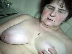 Mature woman gets horny masturbating part1