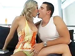 Erotica For Women: Gabi and Rick Hot Sex