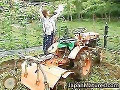 Chisato Shouda Asian mature chick gets part3