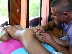 Bear butt plugs straighty