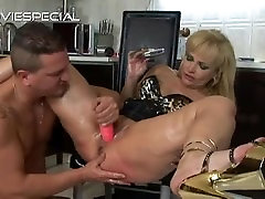 Mature MILF gets asshole fucked part2